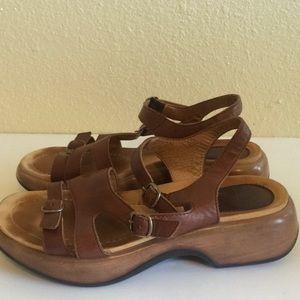 Dansko Womens strap back Sandals brown size 41